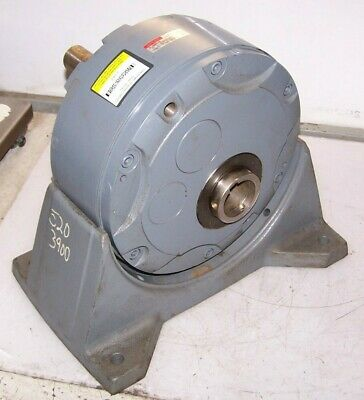 New Boston Gear 200 Optimount In Line Helical Drive 1-7/8 Bore 239D-10 Reducer