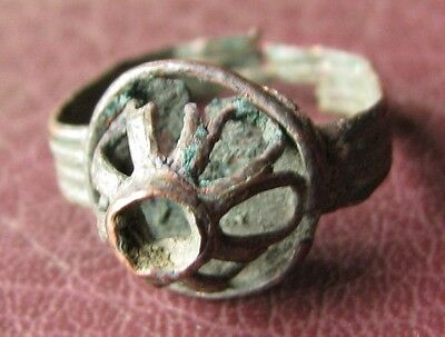 Antique 17th to 18th Century or older copper RING 4 3/4 US 15.5mm    11398