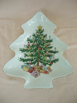 Lefton Christmas tree shape dish w/ tree / presents /gold trim hand painted