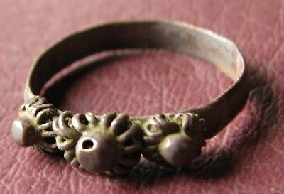 Antique Artifact Bronze RING > 19th to early 20th Century Sz: 7 US 17.25mm 11457