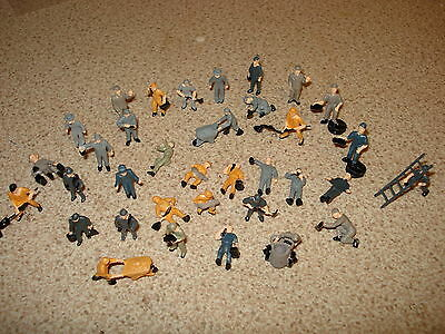 10 Mixed Railway Workers Figures  Painted  Good Quality 00 Gauge Scenery New .