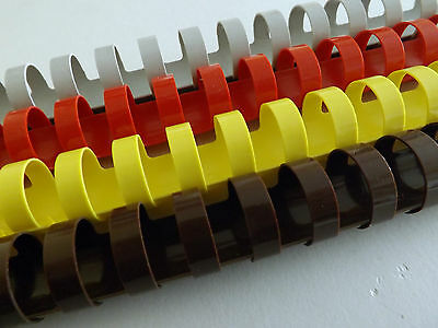 20x Binding combs assorted colours 20mm 21 ring capacity 165 sheets