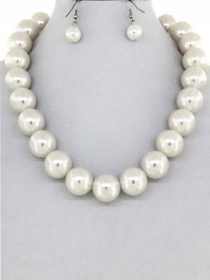 White Faux Pearl Necklace Earring set