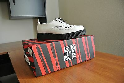 Tuks shoes White and Black Dress Shoes Vintage style