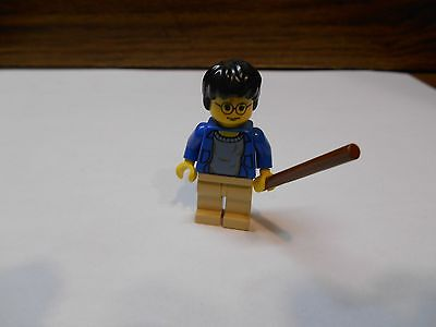 LEGO HARRY POTTER MINIFIGURE from Set #4708 HOGWARTS EXPRESS