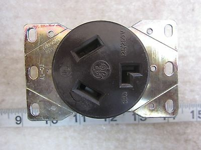 GE General Electric 30A 125/250V Hubbell 9350 Style Receptacle 10-30R, Used