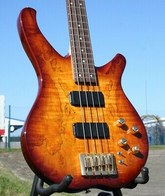 Acepro Edel- E Bass 4-Saiter Aktiv, Spalted Maple Top, Ahorn-Hals, Linde Body