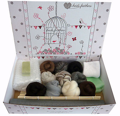 Heidifeathers® Boxed Starter WET FELTING KIT - 'Natural Wool',Complete Wool Kit
