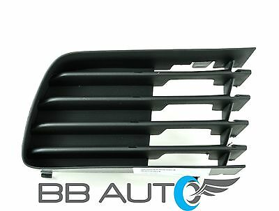 DAT AUTO PARTS Fog LAMP Grille Replacement for 12-14 Toyota Camry for SE Models with FOGS Black Right Passenger Side TO1039149