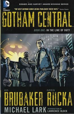 Gotham Central Book 1: In The Line Of Duty Tpb Greg Rucka