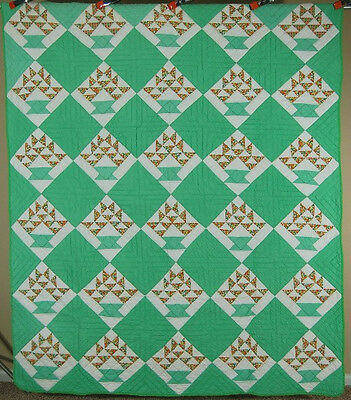 BEAUTIFUL Vintage 40's Baskets Cake Stand Antique Quilt ~NICE QUILTING!