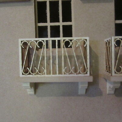 "1/12 scale  Dolls House    Balcony   Kit  3 1/2"" long      DHD95"
