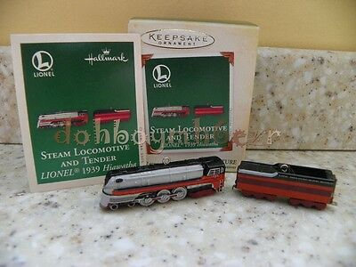 Hallmark 2005 Lionel Hiawatha Steam Locomotive and Tender Miniature Ornament set