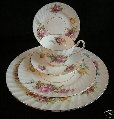 FOLEY Bone China  DEVONSHIRE 5 pc Place Setting 3 plates cup saucer gold rims