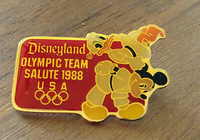 Disneyland USA Olympic Team Salute Mickey Donald Judo 1988 Seoul Olympic Pin