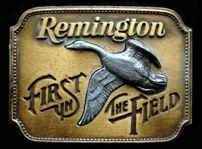 Ne02132 Vintage 1980 **remington First** In The Field Canada Goose Gun Buckle