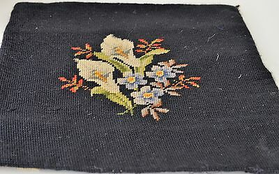 Splendid Vintage Needlepoint Square With Calla Lilies Hh61