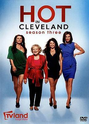 Hot in Cleveland: Season Three (DVD, 2012, 3-Disc Set)