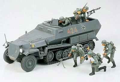 NEW Tamiya 1/35 German Hanomag Sd.Kfz. 251/1 35020