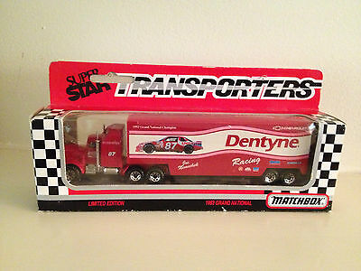 Matchbox Super Star Transporters-Dentyne Joe Nemechek Racing 1992 Grand National