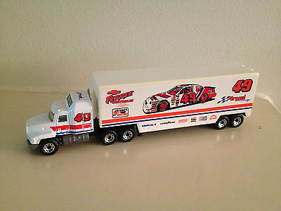 Matchbox Super Star Transporters- Ferree Chevrolet  #49 1992 Grand National