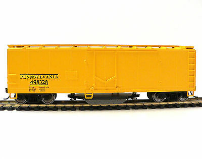 HO Scale Model Railroad Trains Layout Walthers Pennsy Track Cleaning Boxcar