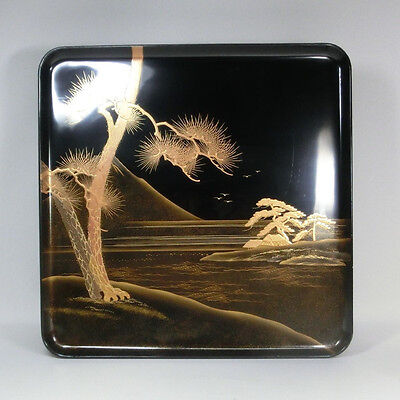 G713: Real old Japanese lacquer ware tray with Great Mt. Fuji MAKIE. 1/5