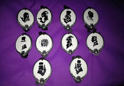 Disney Haunted Mansion Room for One More Black & White Cameo Mystery 10 Pin Set