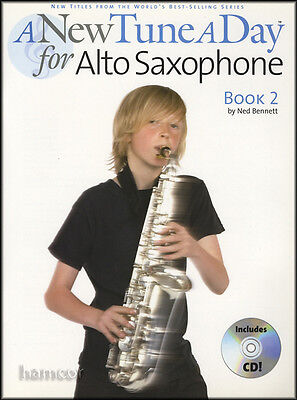 A New Tune A Day for Alto Saxophone Book 2/CD