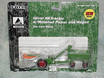 Ertl 1/64 Oliver 88 Tractor With Mounted Picker And Wagon Nip
