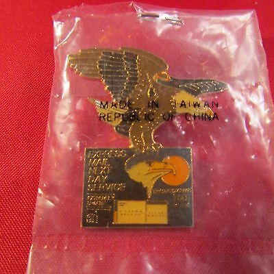 Vintage Usps Pin Express Mail Eagle 80's  New Old Stock