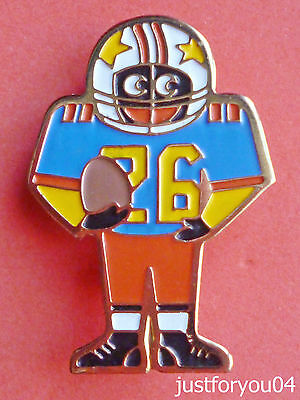 Official Robertsons American Footballer Golly Badge (1980's-P.M)