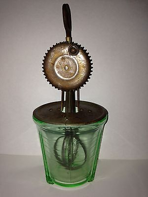 Vintage Green Depression glass Measuring 2- Cup W/ Hand Mixer