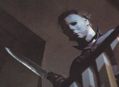MICHAEL MYERS With Butcher Knife Halloween Horror Scary 8x10 Movie Photo
