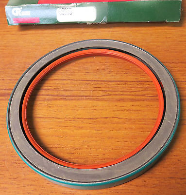 Chicago Rawhide 39935 Oil Seal