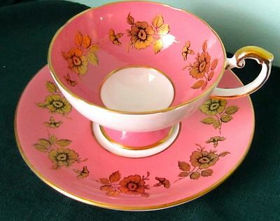 Aynsley Fancy Gold Flowers Fine Bone China Tea Cup And Saucer 1940s