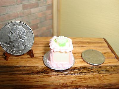 Dollhouse Miniature 1:12 Food & Groceries Cake on Plate Bakery Table Prop #H5