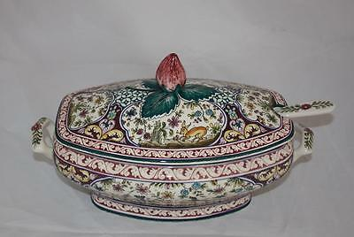 Real Ceramica COIMBRA Portugal SEC=XVII Hand Painted Soup Tureen