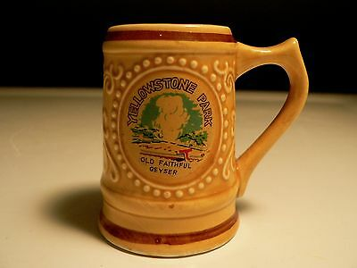 Vtg Yellowstone Park Mini Mug Travel Souvenir Old Faithful Geyser Wyoming