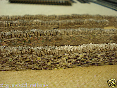 8 pieces of STONE WALLING SUIT HORNBY train coach track  00 GAUGE BRAND NEW