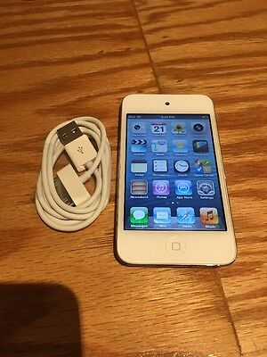 Apple iPod touch 4th Generation White (16 GB) - Good Condition