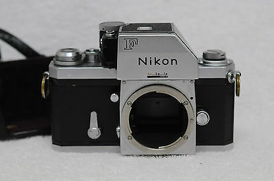 NIKON F PHOTOMIC SLR 35mm SLR, WITH BOTTOM 1/2 OF CASE, CLEAN, TESTED