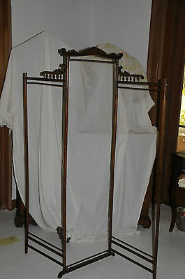 SCREEN DRESSING SCREEN EARLY AMERICAN OAK   RARE **REDUCED**