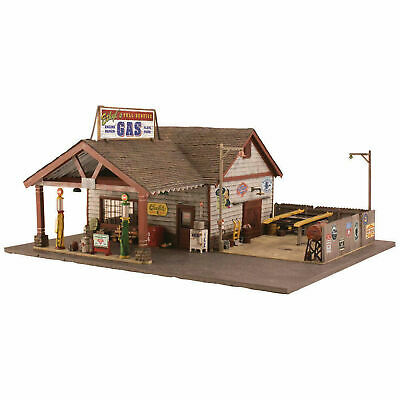 NEW Woodland Scenics Ethyl s Gas/Service O BR5849