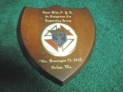 VINTAGE K OF C KNIGHTS OF COLUMBUS BELFAST MAINE LOGO SERVICE PLAQUE