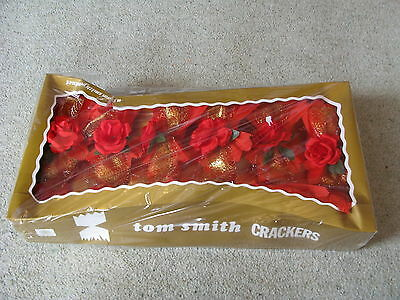 Vintage Boxed Set Of 6 X Tom Smith Red Rose Christmas Crackers