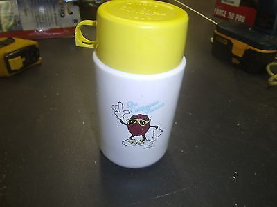 Vintage 1988 California Raisins Lunchbox THERMOS ONLY WITH CUP CAP CHECK IT OUT!