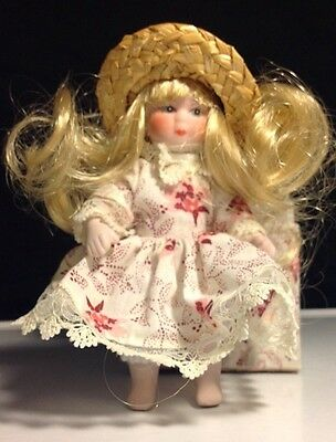 Miniature Porcelain Dolls in vintage dress and straw hat with matching chest