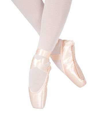 Pink satin Bloch Serenade pointe shoes - S0131