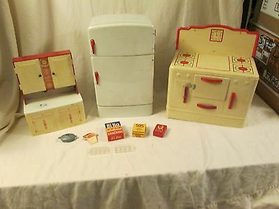 Vintage WOLVERINE Tin Toy Playset,REFRIGERATOR STOVE PANTRY CUPBOARD CABINET &..